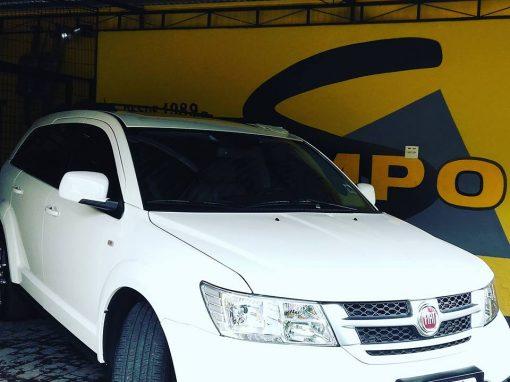 Limpeza de carros – Freemont branca